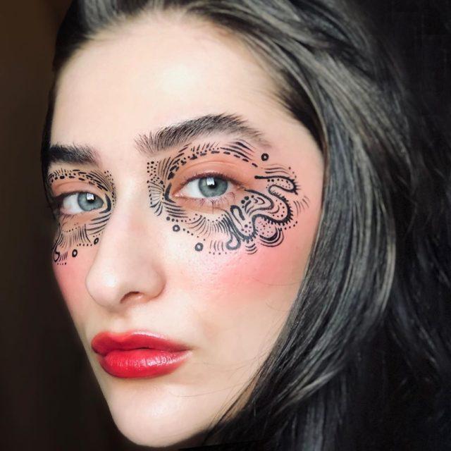 Идея для макияжа: аккаунт в Instagram с мультяшным мейком8