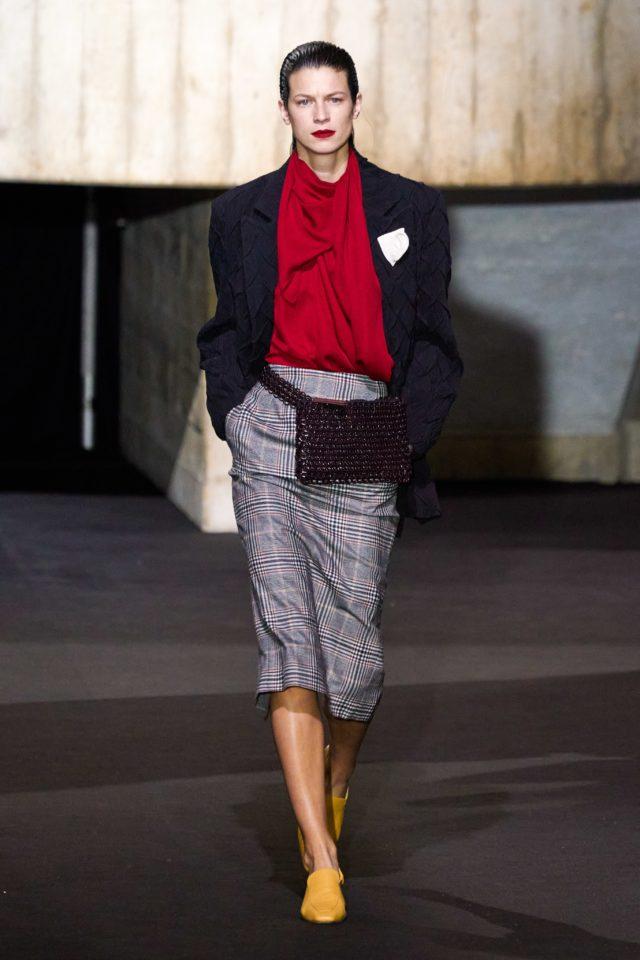 Показ Roland Mouret на Неделе моды в Лондоне8