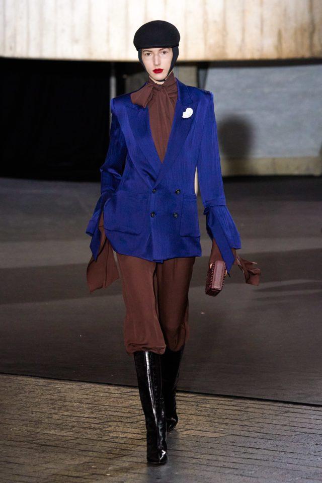 Показ Roland Mouret на Неделе моды в Лондоне39