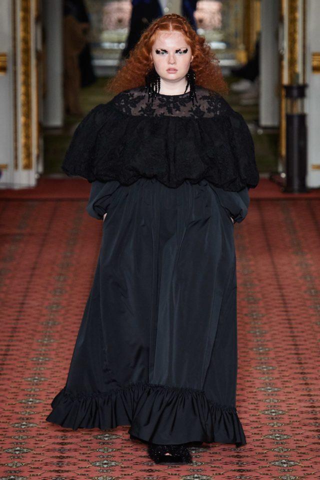 Показ Simone Rocha на Неделе моды в Лондоне28