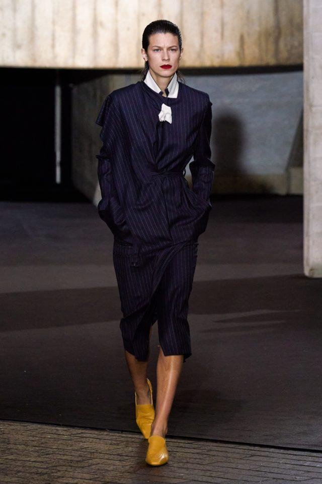Показ Roland Mouret на Неделе моды в Лондоне22