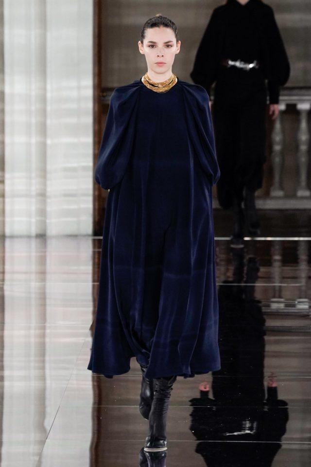 Показ Victoria Beckham на Неделе моды в Лондоне39