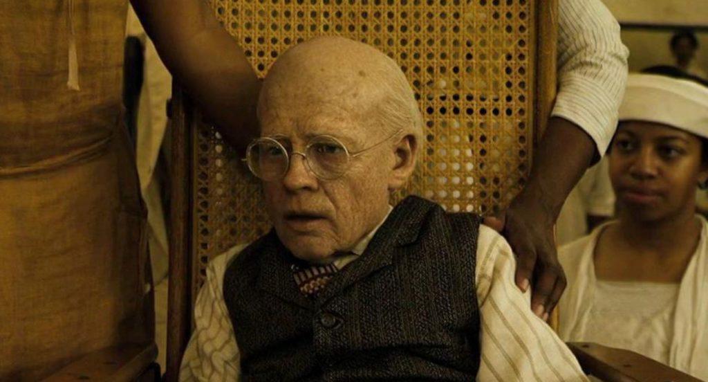 Брэд перевоплотился в старика