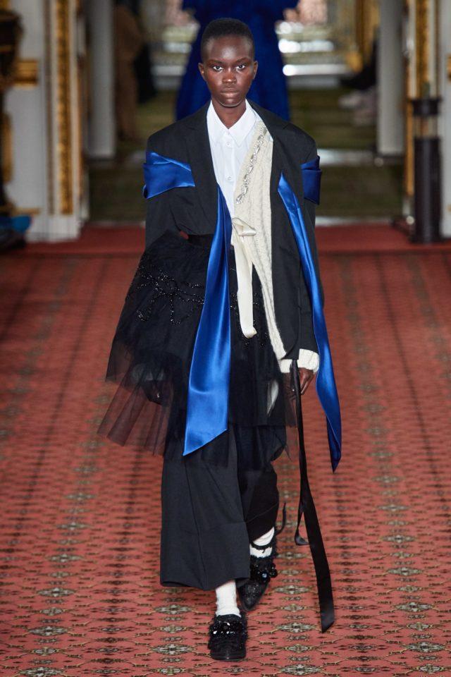 Показ Simone Rocha на Неделе моды в Лондоне29