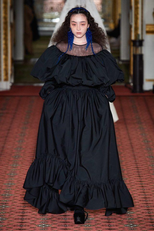 Показ Simone Rocha на Неделе моды в Лондоне31