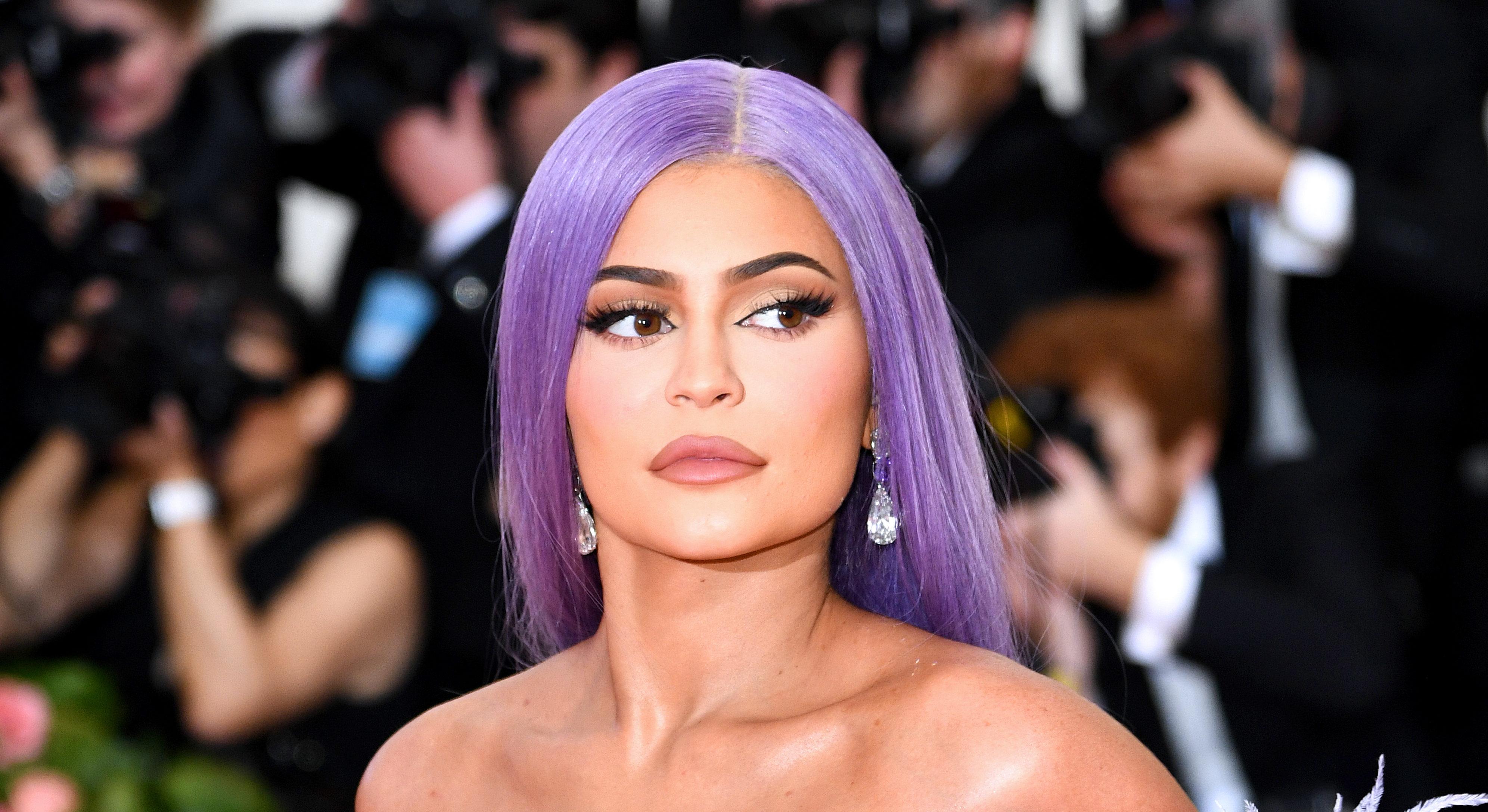Красота: топ-20 бьюти-образов на Met Gala