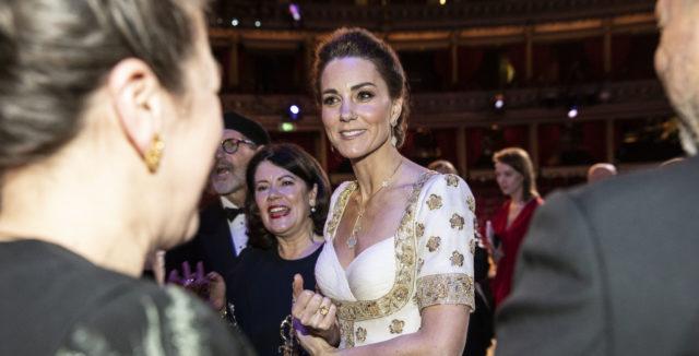 Кейт Міддлтон прийшла на премію BAFTA в старому плаття