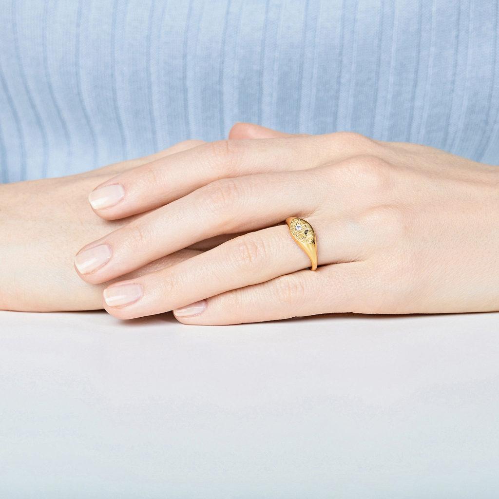 Кольцо-печатка Poison Drop, 1100 P.