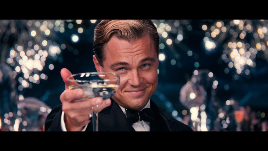 Знаменитый кадр с шампанским