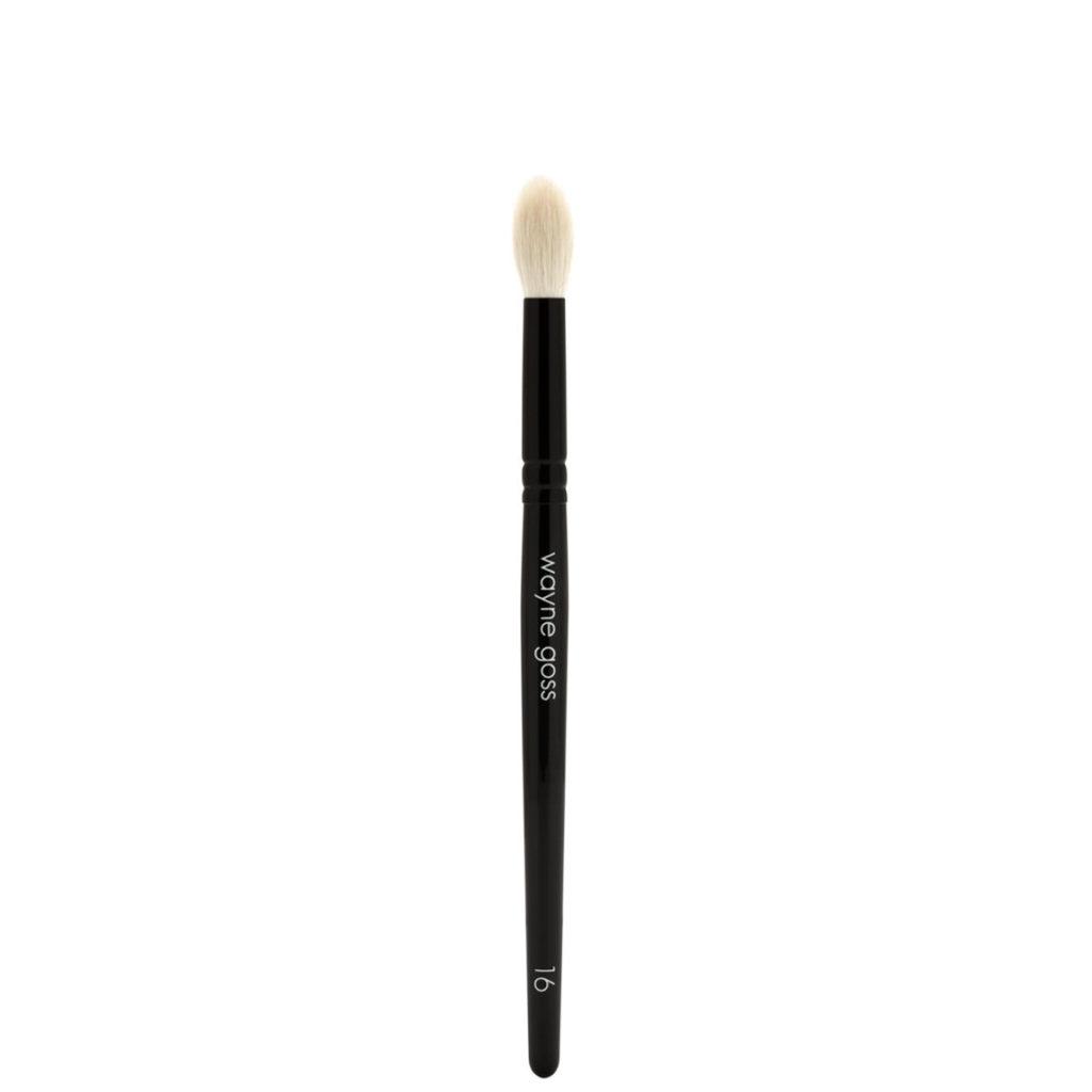 Кисть для макияжа Brush 16 Large Eye Shadow Crease Brush, 2100 р.
