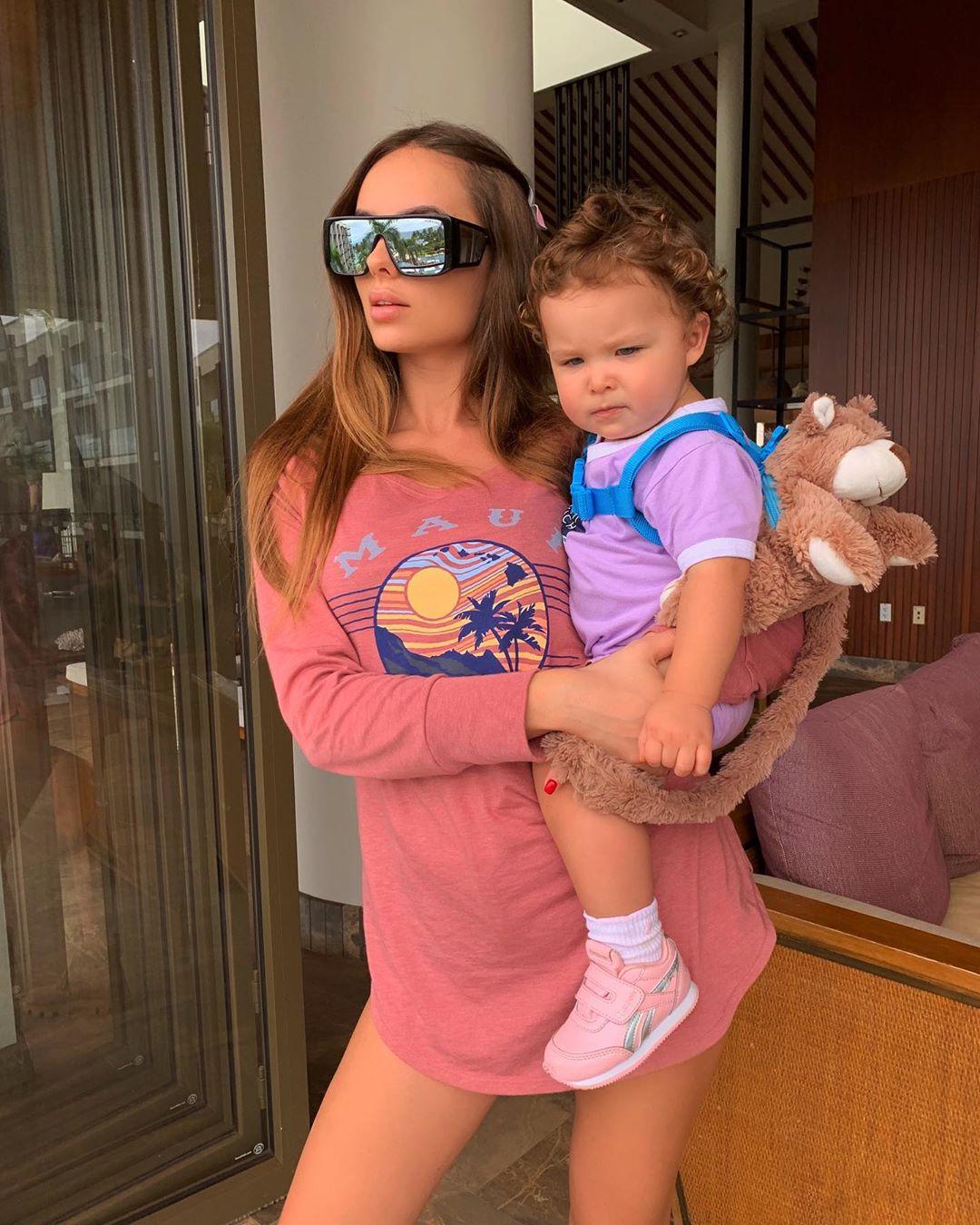 Ханна с дочкой Адрианой