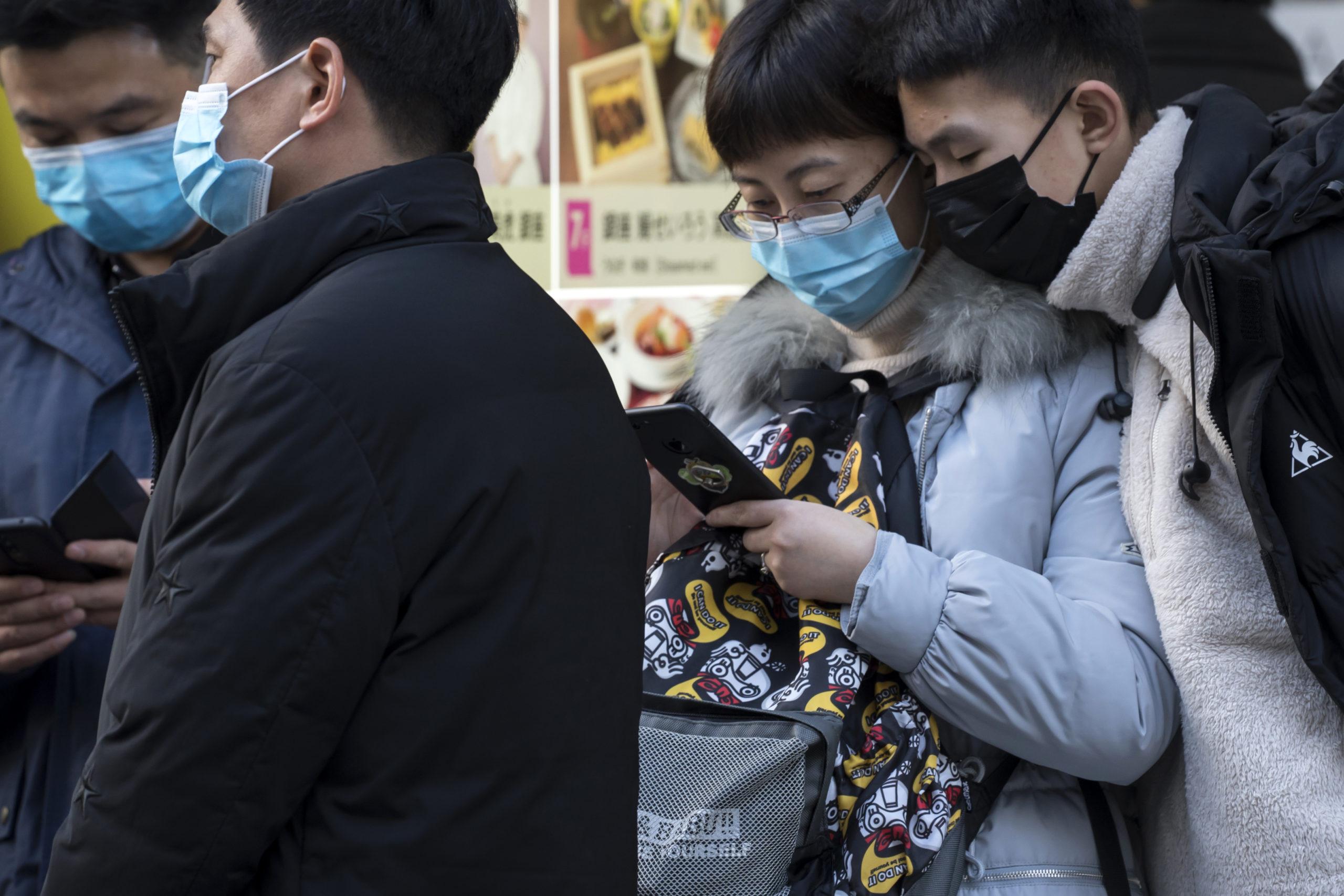 История: врач Ли Вэньлян, который первым сообщил о коронавирусе и умер от него