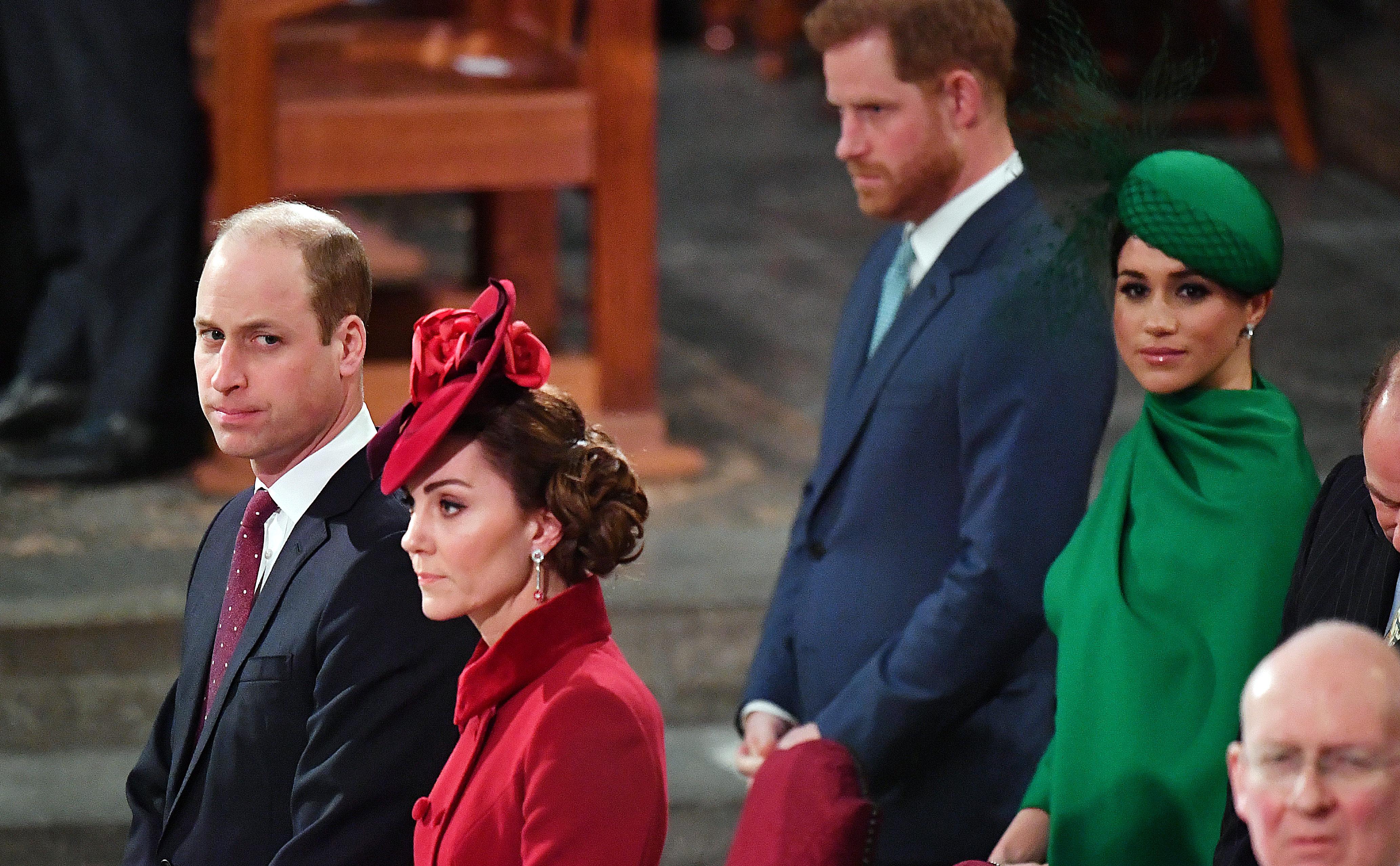 Общий выход после «Мегзита»: Меган Маркл и принц Гарри, Кейт Миддлтон и принц Уильям на службе в Вестминстерском аббатстве