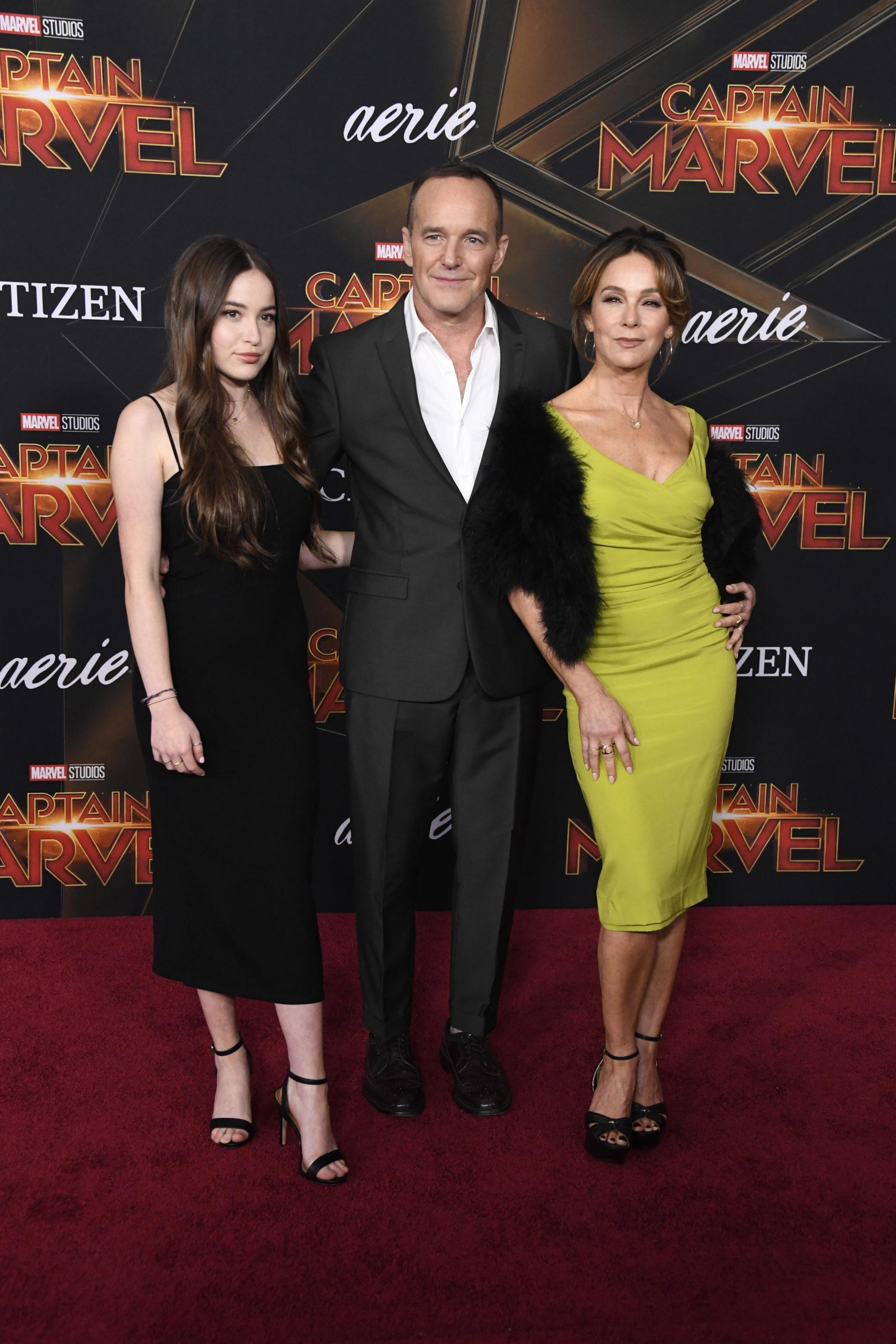 Дженнифер Грей с супругом и дочерью