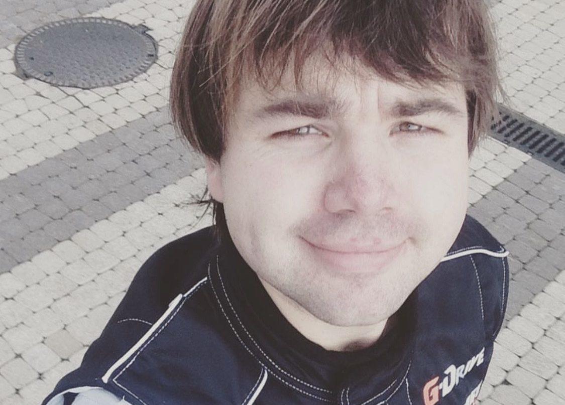 «Врагу не пожелаешь»: Михаил Казаков, сыгравший Полежайкина, перенес серьезную операцию