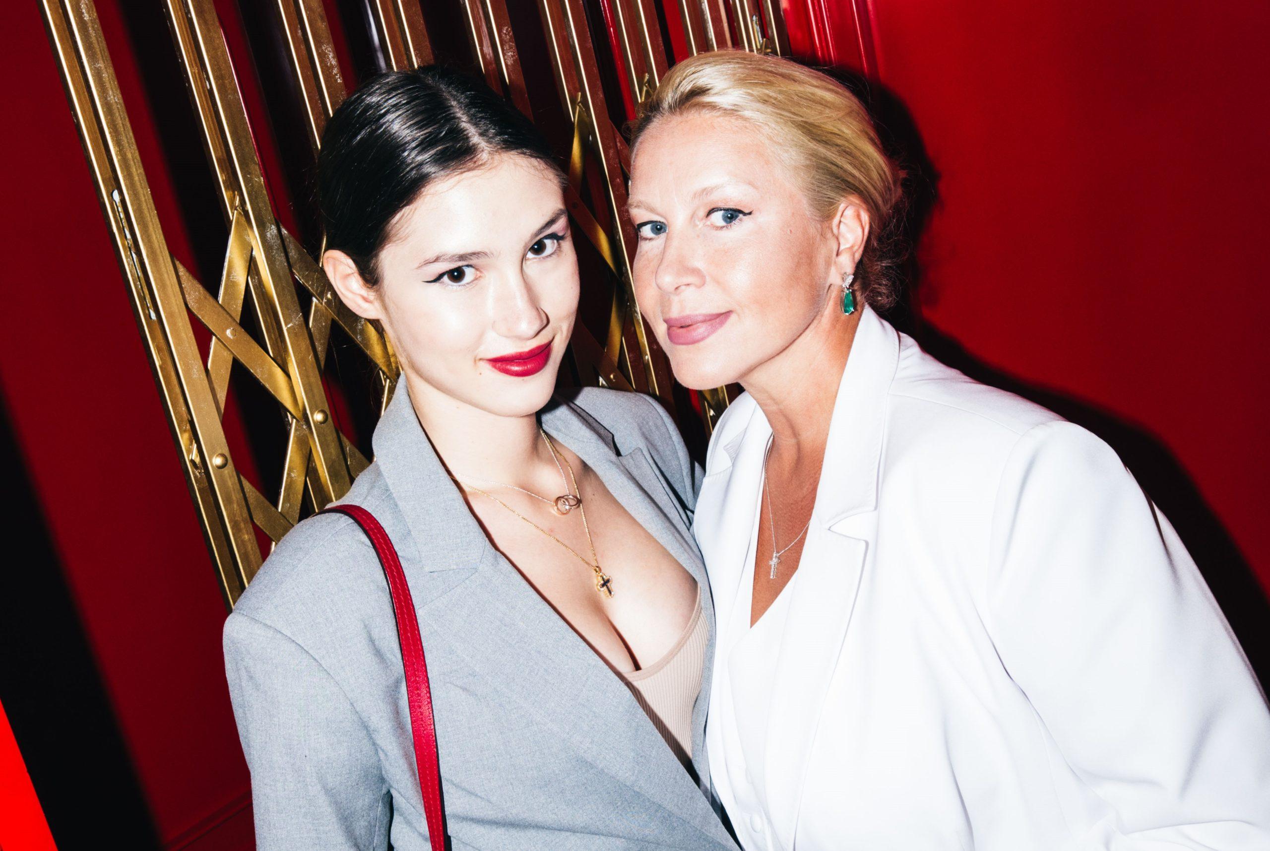 Екатерина Одинцова, Дина Немцова и Анна Чурина на вечеринке «Взрослые танцы»