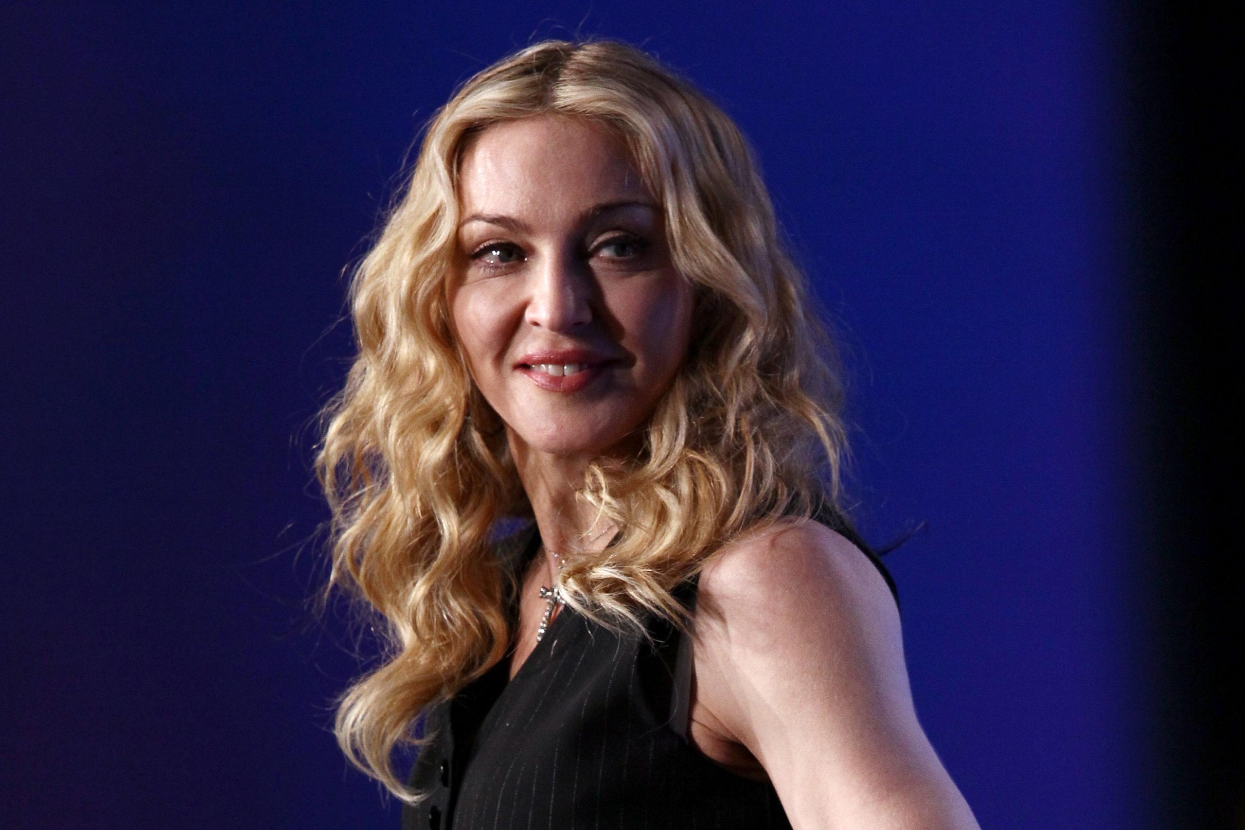Одно лицо: эта девушка может сыграть Мадонну в новом фильме