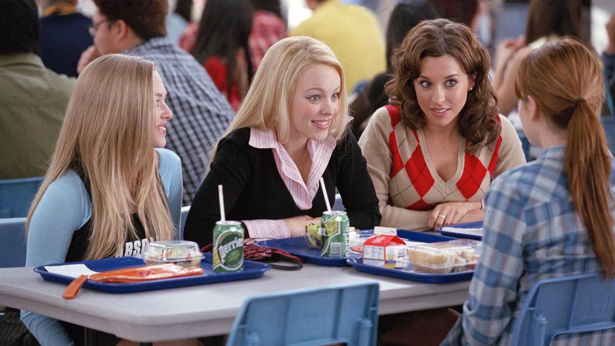Правила светской беседы: как избежать неловких пауз в разговоре с незнакомцами