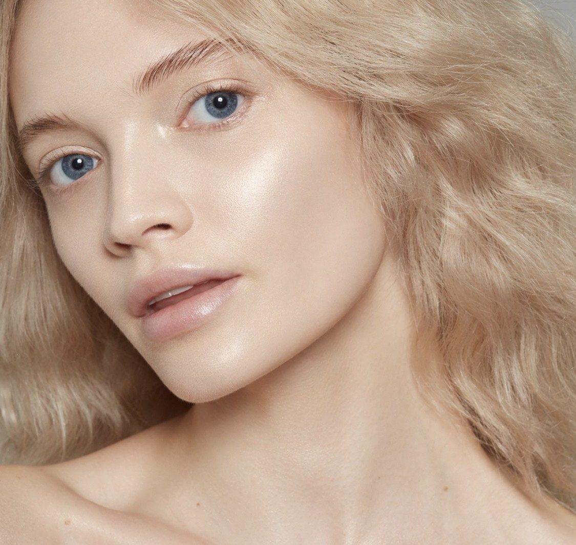 Тоник для очищения и увлажнения лица: почему тоник должен быть в каждой косметичке