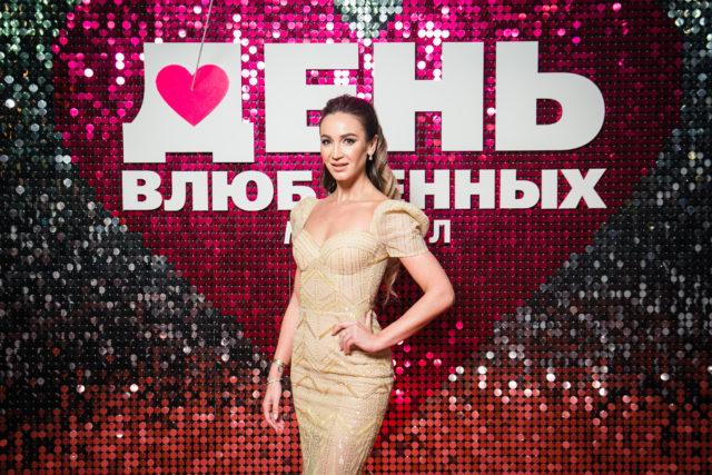 Ольга Бузова и Анастасия Стоцкая на премьера мюзикла «День влюбленных»