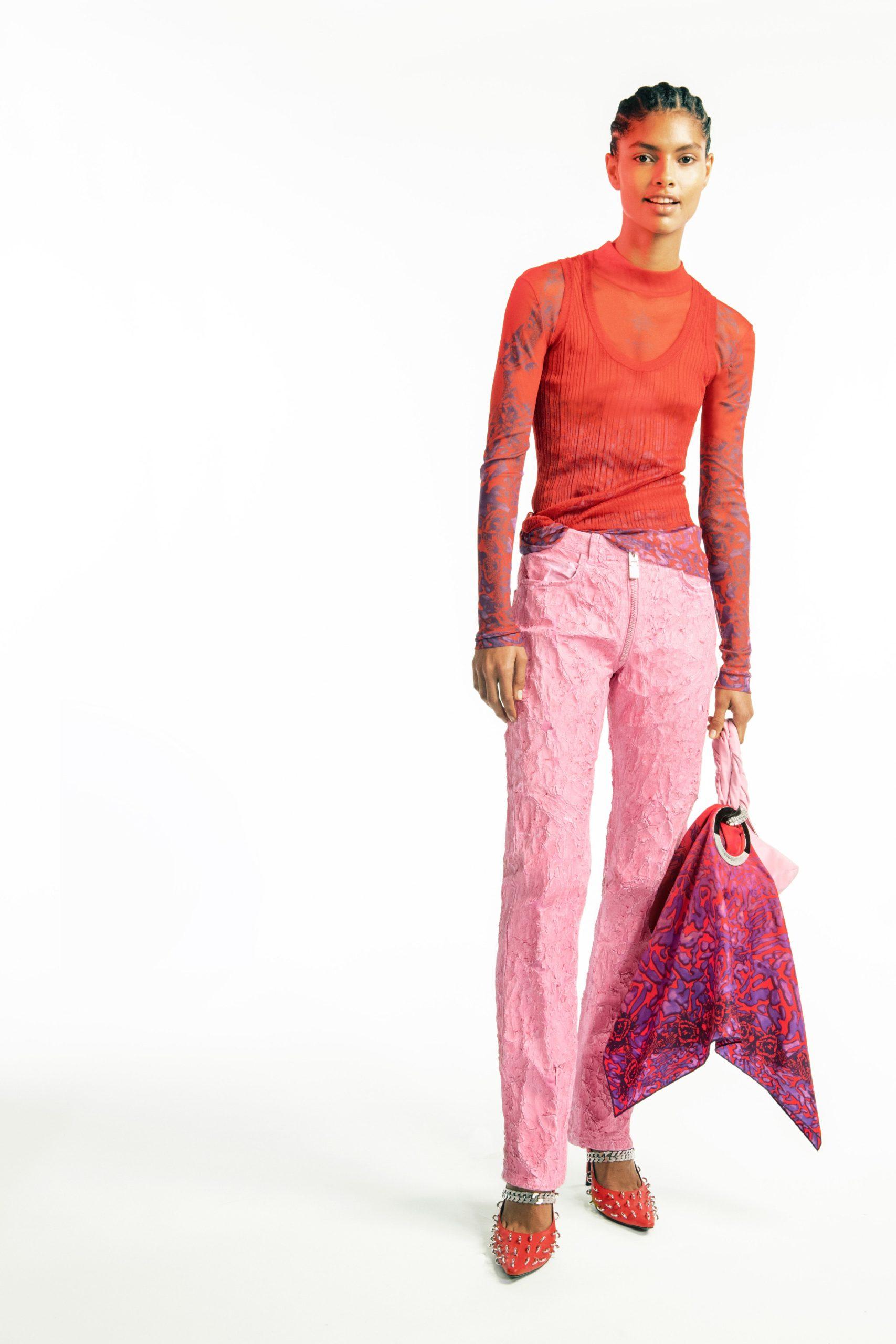Прозрачные топы и туфли с шипами: первая коллекция Мэттью Уильямса для Givenchy