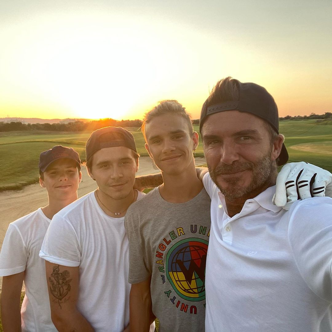 Дэвид Бекхэм с сыновьями Ромео, Бруклином и Крузом (Фото: @davidbeckham)