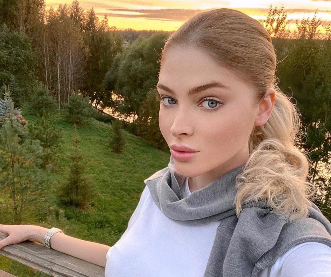 Все-таки делала: Алена Шишкова рассказала о ринопластике