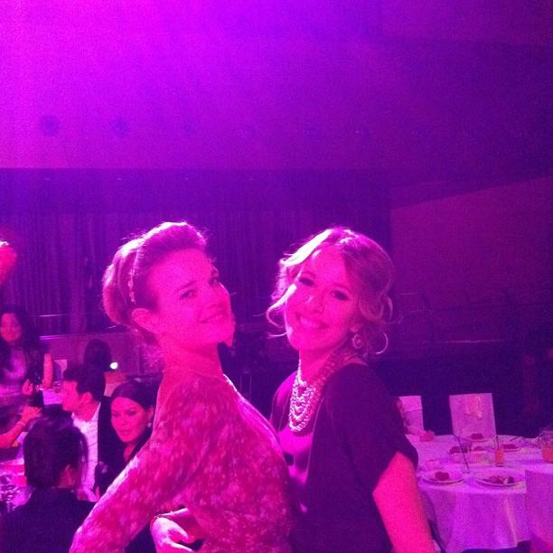 Ксения Собчак и Наталья Водянова. Февраль 2012. Фото: @xenia_sobchak