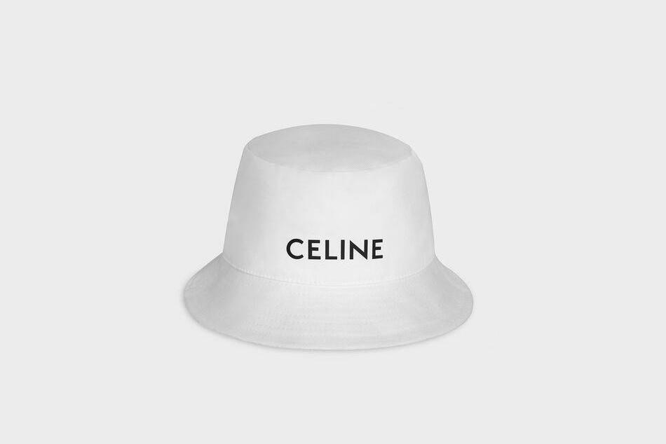 Панамы, кепки и шапки: Celine выпустили капсулу головных уборов