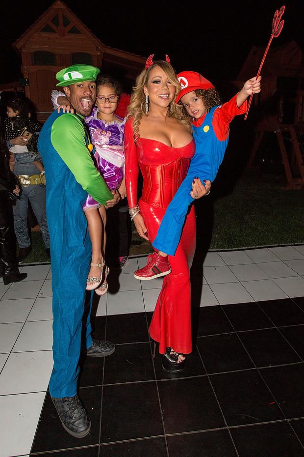 На примере звезд: лучшие парные костюмы на Хэллоуин