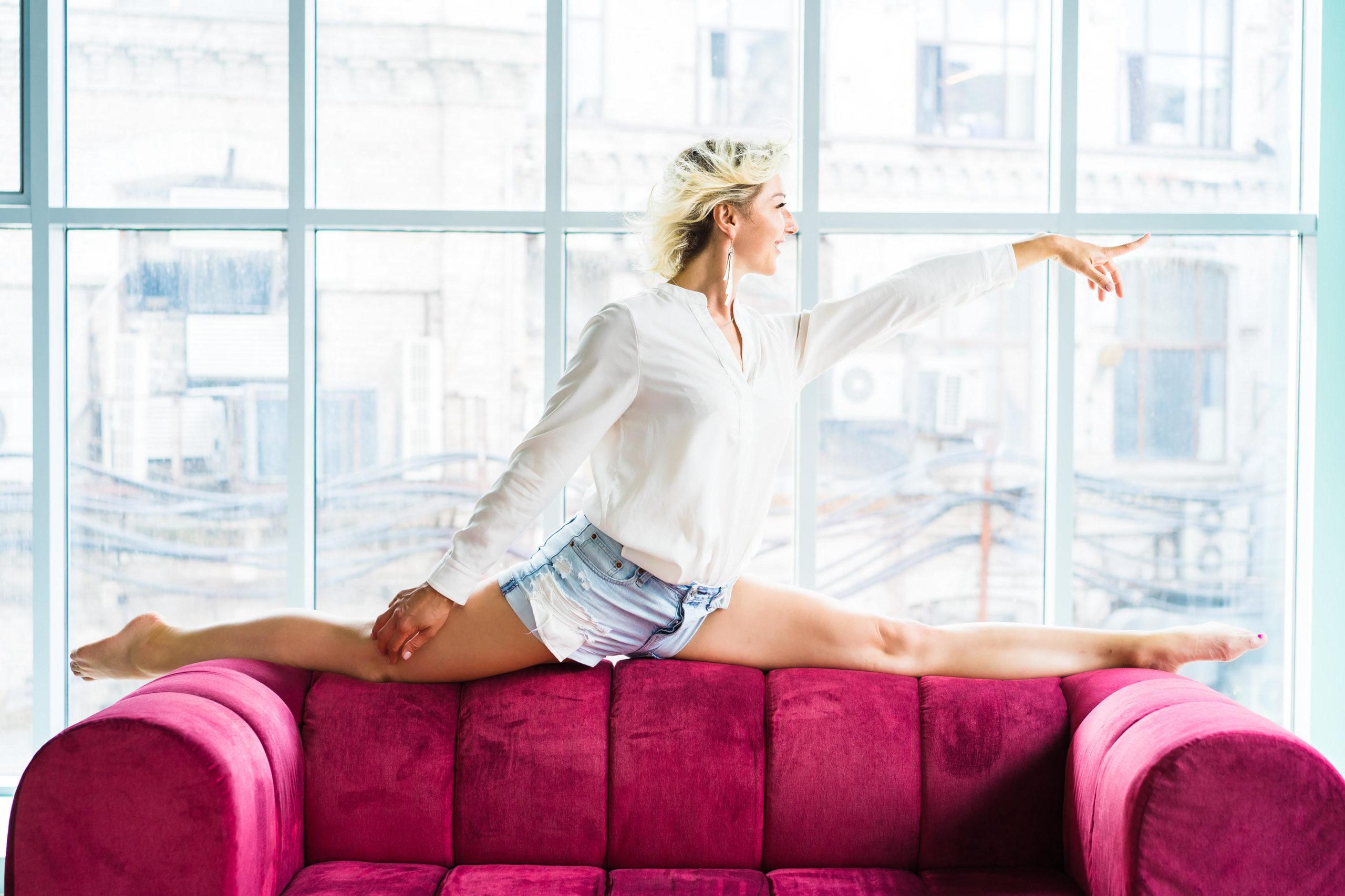 Совет от тренера: как подготовить свое тело и сесть на шпагат