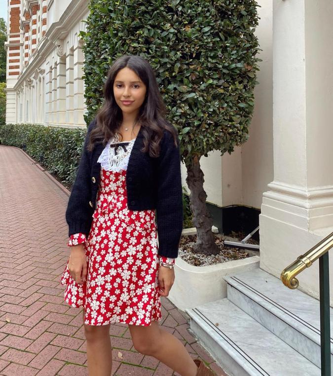 Дочь основателя холдинга «Стройгазконсалтинг» Зияда Манасира Диана: шелковое платье MiuMiu, от 180 000 руб. (Фото: @manasirdiana)