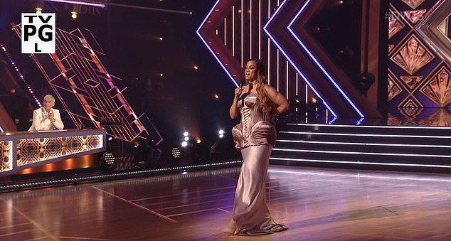 Тайра Бэнкс (Кадр из шоу «Танцы со звездами» на ABC)