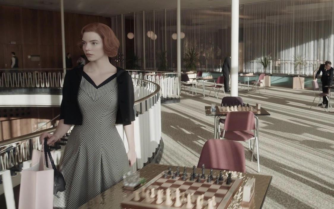 Кадр из сериала «Ход королевы»