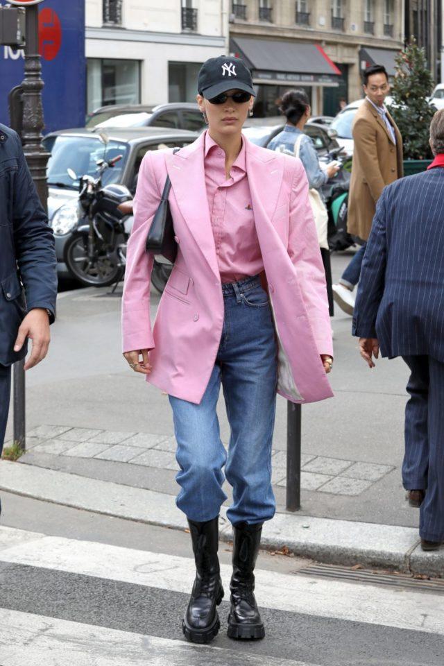 с чем носить розовую рубашку 2021