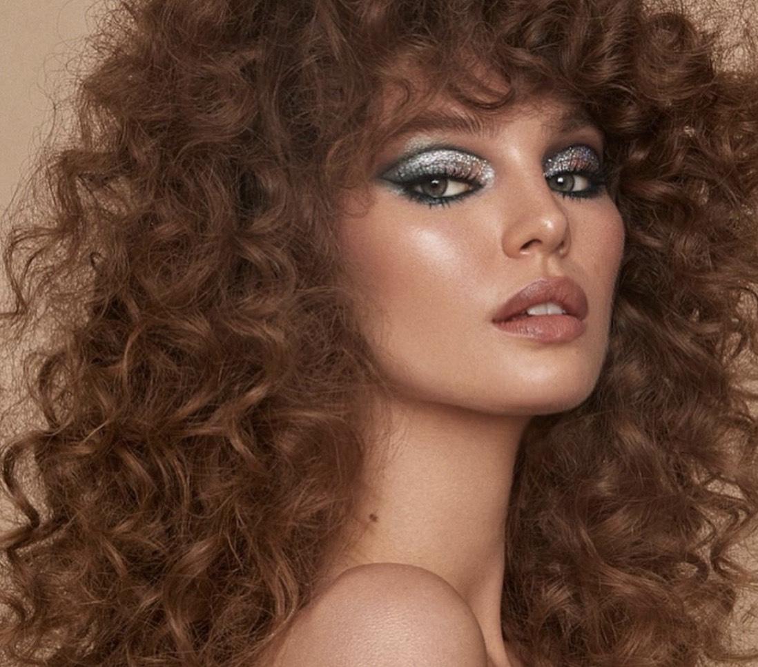 Как ухаживать за кудрявыми волосами? Инструкция по применению