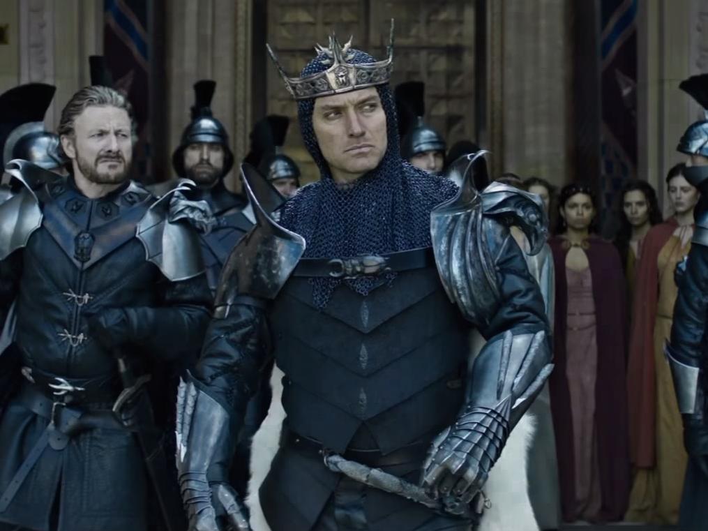 Кадр из фильма «Меч короля Артура» (2017)
