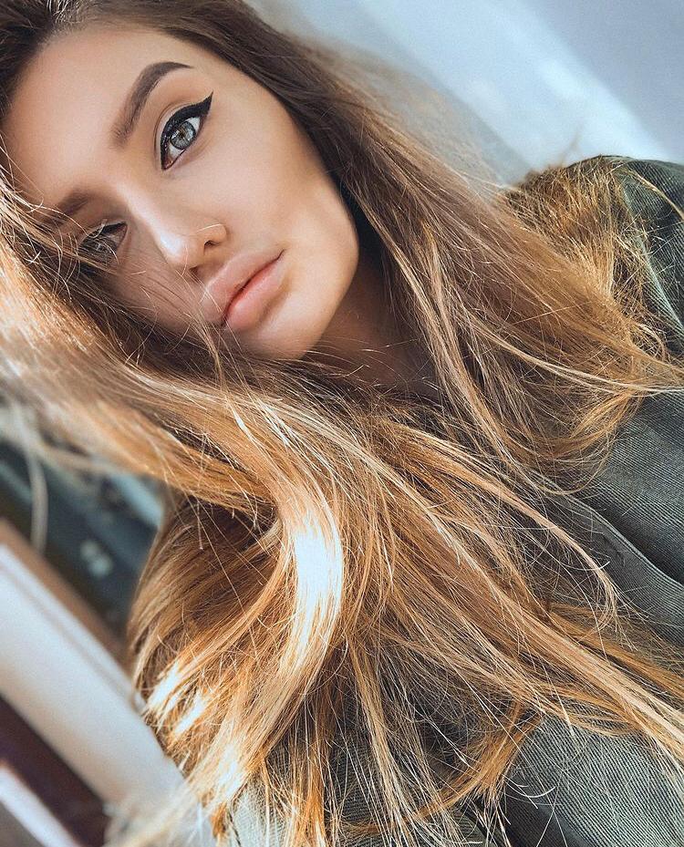 Маша Жирнякова