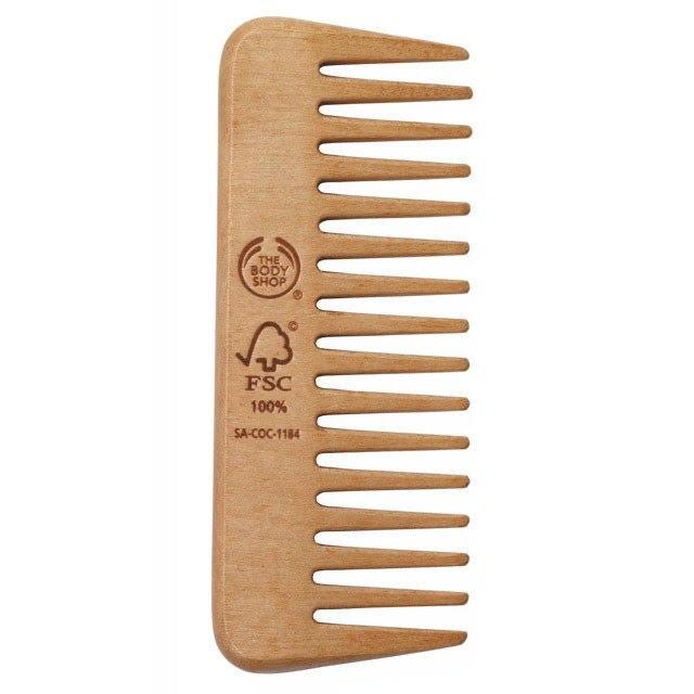 Гребень для волос The Body Shop, 390 р.