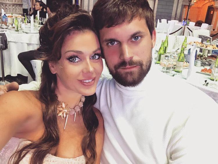 Татьяне Терешиной 41, а ее мужу Олегу Курбатову 26. Фото: @tanya_tereshina