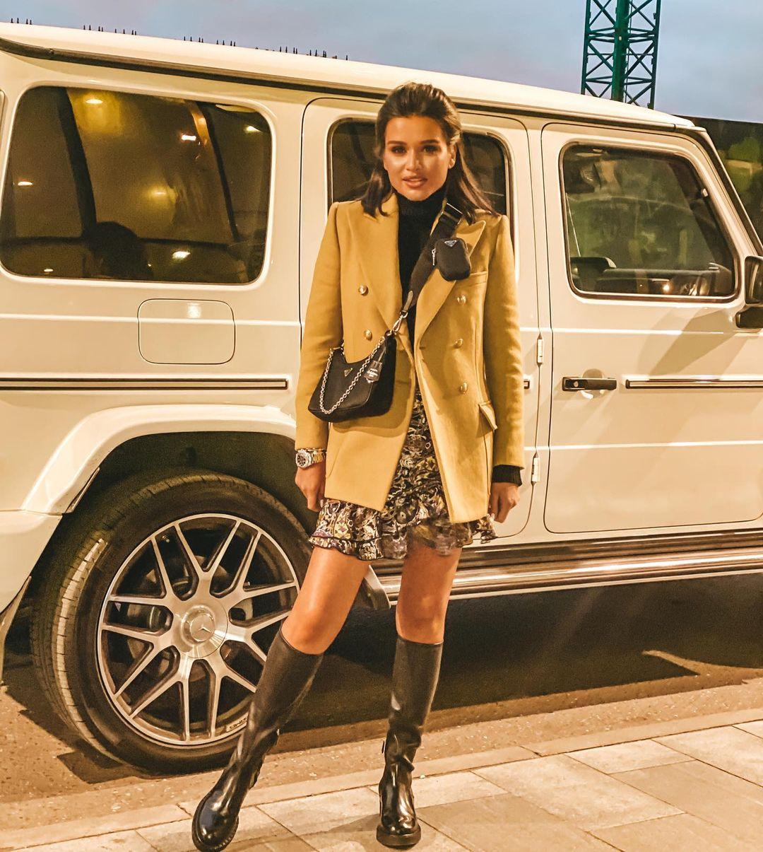 Ксения Бородина (Mercedes-Benz G-Класс). Фото: @borodylia