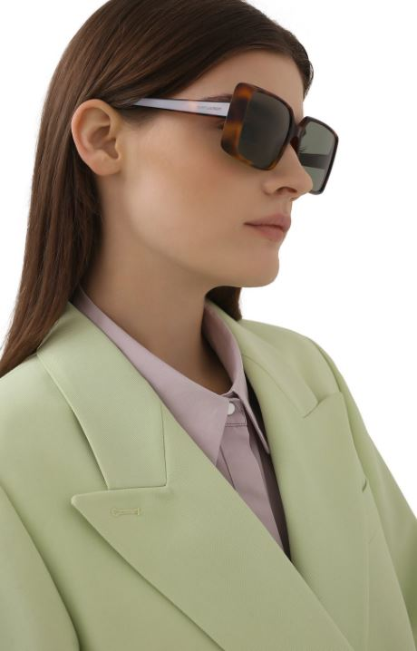 Солнцезащитные очки Saint Laurent, 33 400 руб. (ЦУМ)