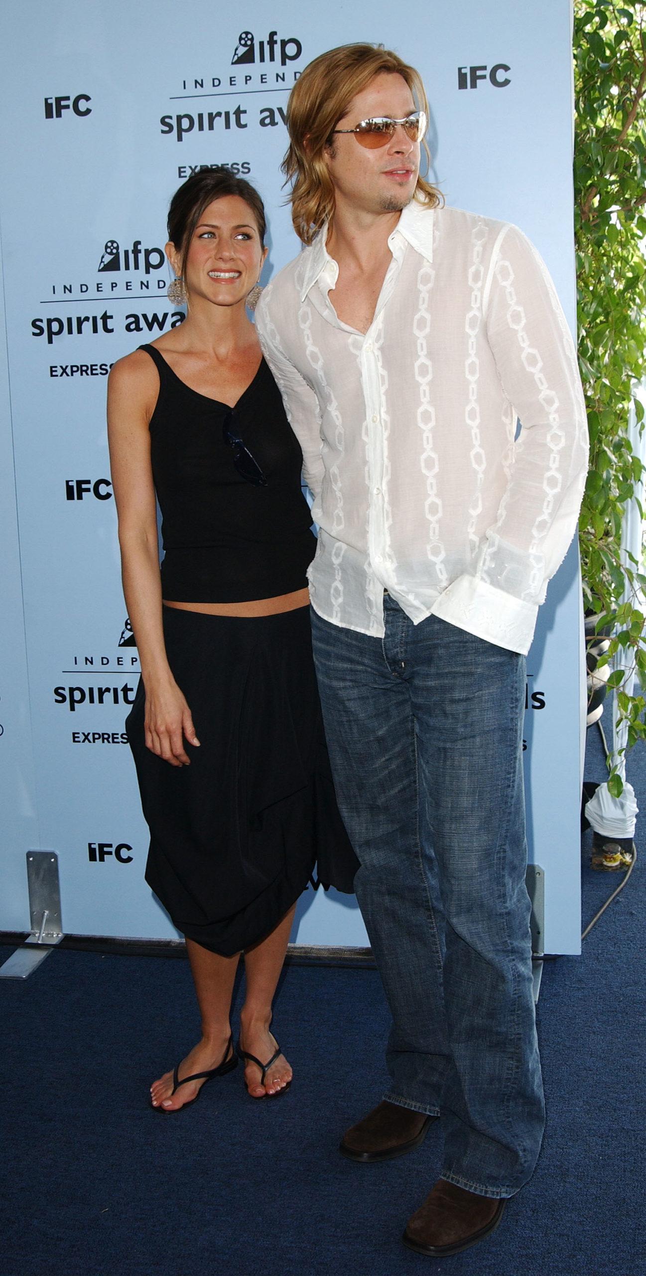 Дженнифер Энистон и Брэд Питт (2003). Фото: Jon Kopaloff/Getty Images